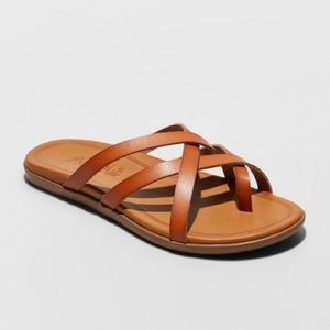 NWT (10) Women's Mad Love Multi Strap Sandals